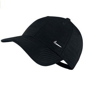 Nike Men's Metal Swoosh Cap